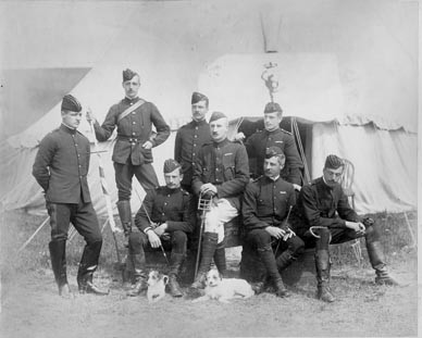 Old photograph of soldiers